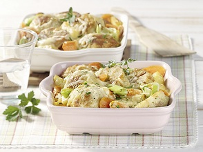 Vegetable casserole with bread dumplings