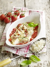 fish fillet and cherry tomatoes au gratin