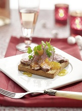 Duck breast on toast with orange sauce *** Local Caption *** 89172532