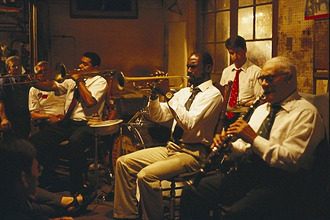 Jazz band, musicians playing wind instruments, Preservation Hall, French Quarter, New Orleans, Louisiana, USA, America
