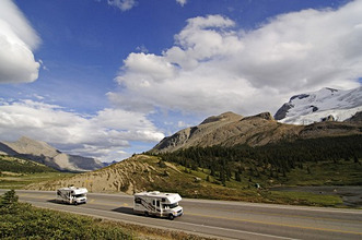 Camper, Icefields Parkway, Columbia Icefield, Jasper National Park, Alberta