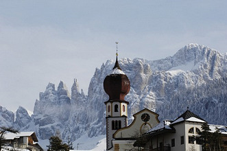Steeple in Tiers, with the mount Rosengarten  in the background, Dolomites, Alto Adige, South Tyrol, Italy
