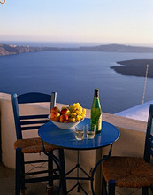 GR'' Santorin, terrace, chair, table *** Local Caption *** 03171670