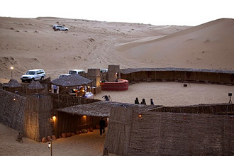 United Arab Emirates, Dubai, desert, Campelcamp *** Local Caption *** 03704145