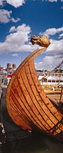 Norway, Oslo, Akerbrygge, clone, 'Wikingerschiff', detail, bow *** Local Caption *** 03731004