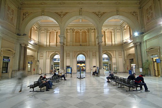 Italy, Venetien, Triest, railway station *** Local Caption *** 03762894