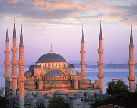 Turkey, Istanbul, Sultan-Ahmed-Moschee, Bosporus, Abendlicht *** Local Caption *** 03769194