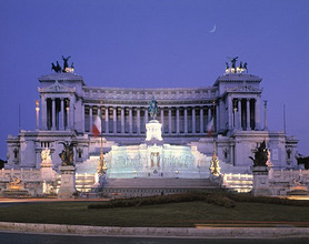Italy, Roma, Piazza Venezia, Monument *** Local Caption *** 03769218