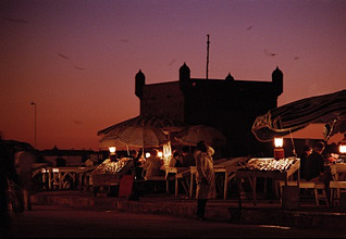 Morocco, Essaouira, harbor, Fischrestaurant, Sunset, Africa, northwest Africa, As-Suweira, city, port, fisher city, haul, fishery, ware, fish, offer, lights, illumination, restaurant, guests, tourists, tourism, people, evening, color mood, color, violet, red,