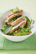 Chicken breast with peas and herbs
