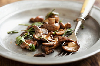 Mushrooms with butter and sage