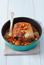 Pork loin braised with shallots and chanterelles