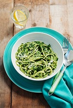 Spaghetti with spinach and Parmesan