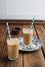 Banana and coffee smoothies with chia seeds