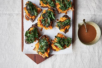 Bruschetta with kale