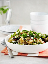 Pasta salad with grilled vegetables and rocket