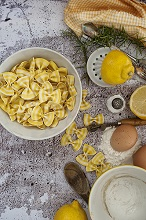 Farfalle type pasta with lemon