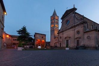Piazza di San Lorenzo square at night, View of the Cathedral of San Lorenzo, Viterbo, Lazio, Italy, Europe