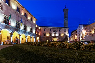 Piazza del Plebiscito square at night, Viterbo, Lazio, Italy, Europe