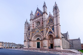 Piazza del Duomo square, Cathedral of Orvieto, Umbria, Italy, Europe