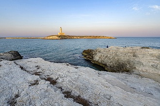 Seascape, View of the Lighthouse from the Lungomare Cristoforo Colombo seafront, Vieste, Apulia, Italy, Europe