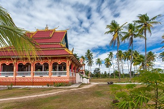 Buddhist Temple in Don Khon island, Paksè, Laos, Asia