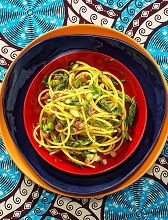 Spaghetti with asparagus and bacon, Italy, Europe