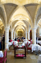 Restaurant of the Chateau de Gilly, Gilly Lès Citeaux, Bourgogne, Burgundy, France, Europe