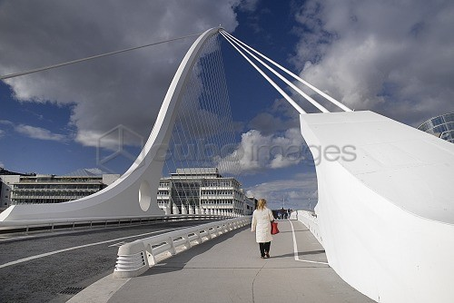 Ireland, County Dublin, Dublin City, Samuel Beckett Bridge over the River Liffey, designed by Santiago Calatrava and opened on 10th December 2009.