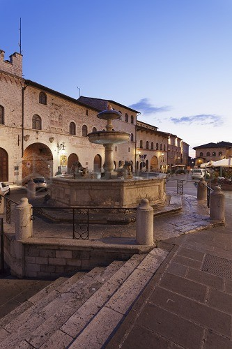 Fountain at Piazza del Comune Square, Assisi, Umbria, Italy, Europe