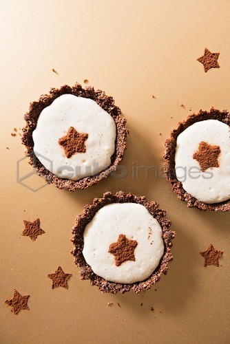 Coconut tartlets with cocoa stars